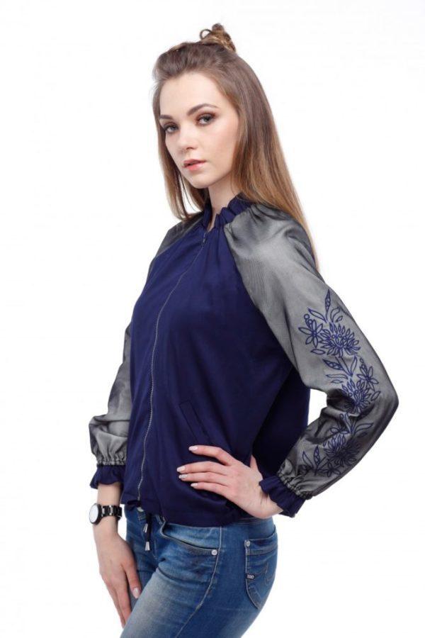 Бомбер с вышивкой Хризантема синий