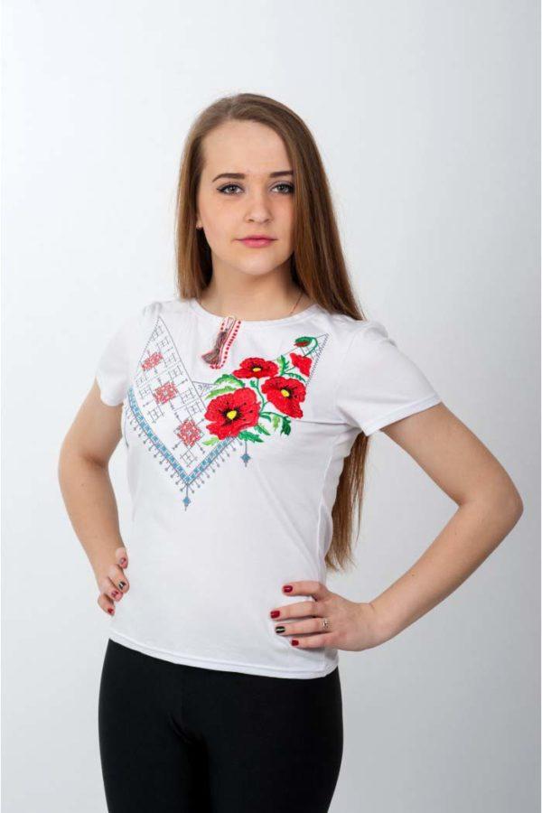 Женская футболка с вышивкой Комбинированная