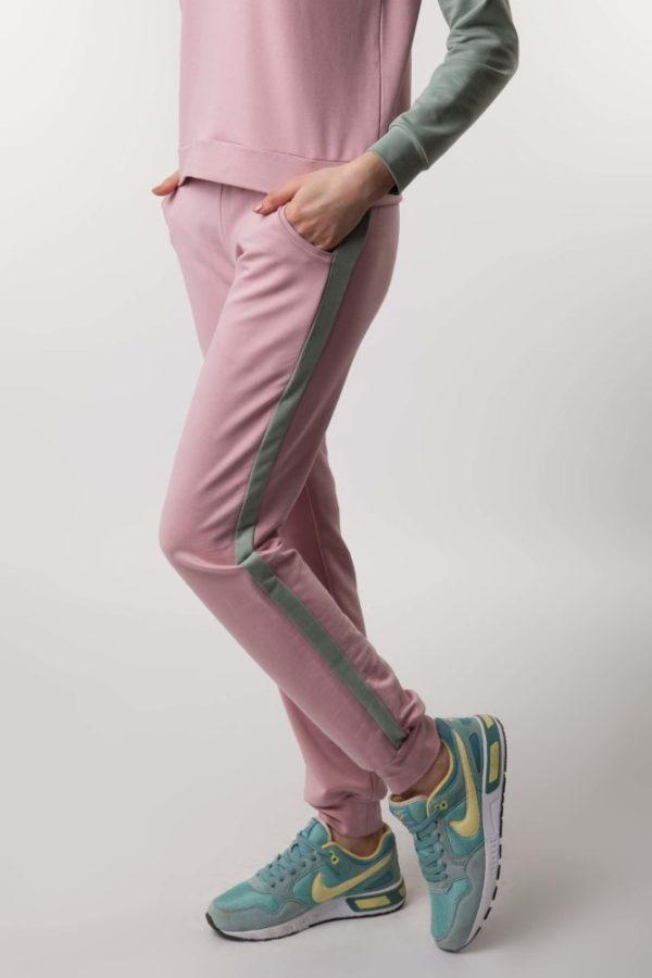 Костюм с брюками пудра/мята