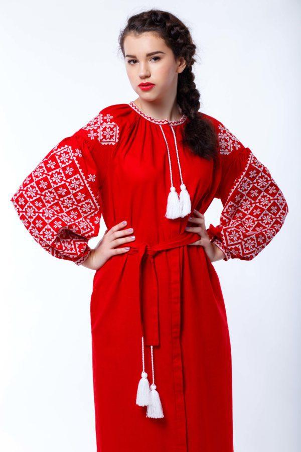 Платье с вышивкой Ясные зори