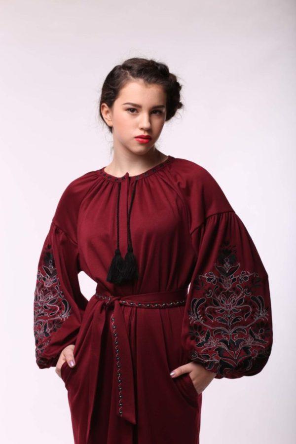 Платье с вышивкой Дерево жизни бордо джерси