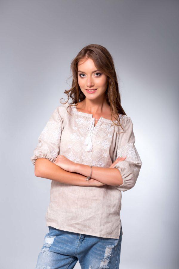 Женская вышиванка Окошки беж/белая