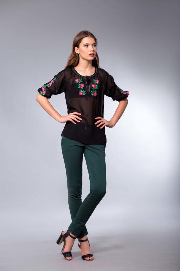 Женская вышиванка Розочка нежность
