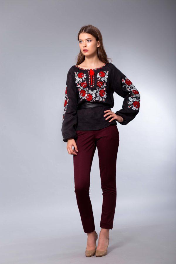 Женская вышиванка Полтавские розы черная