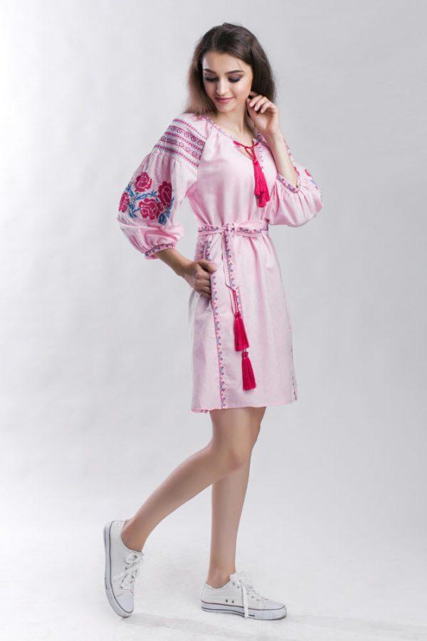 Платье с вышивкой Роза розовый