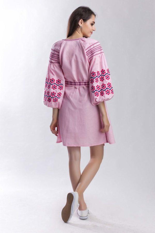 Платье с вышивкой Нежная ромашка розовый