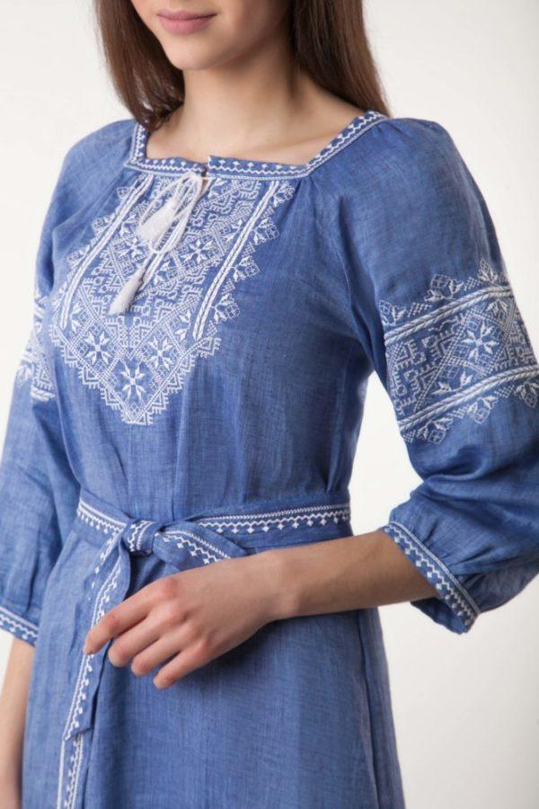 Платье с вышивкой Твори мир джинс