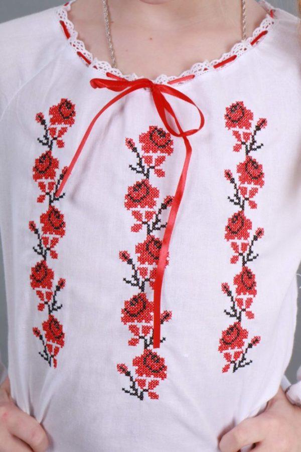 Вышиванка для девочки Розочки
