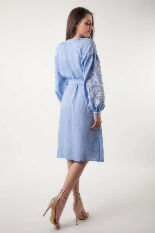 Платье с вышивкой Дерево жизни светлый джинс