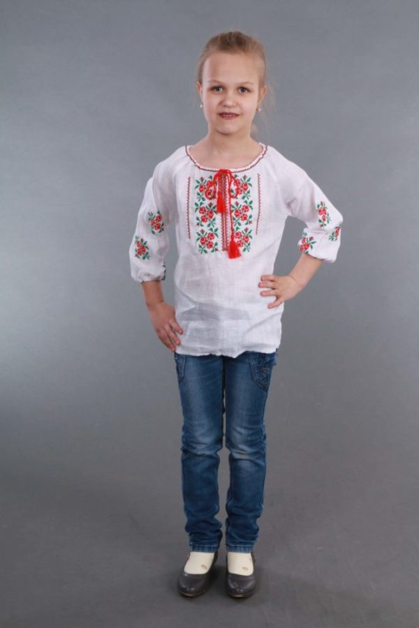 Вышиванка для девочки Розочки белая
