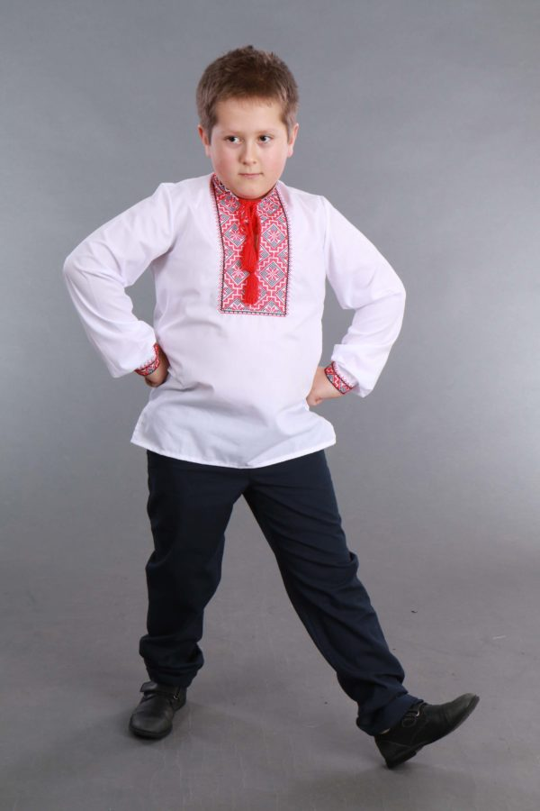 Вышиванка для мальчика белая/красная лен