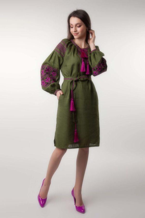 Платье с вышивкой Ломаная ветка хаки/фуксия