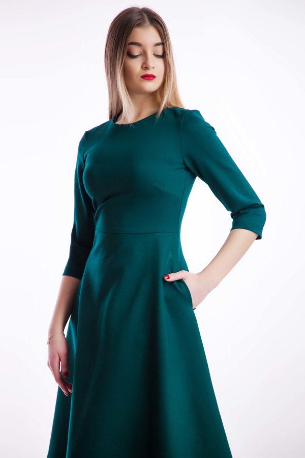 Платье изумруд миди