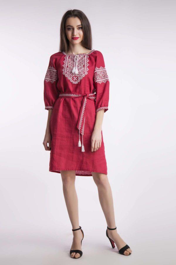 Платье с вышивкой Твори мир бордо