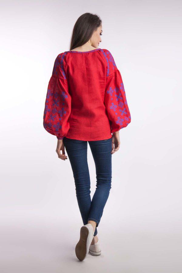 Женская вышиванка Цветок папороти красный