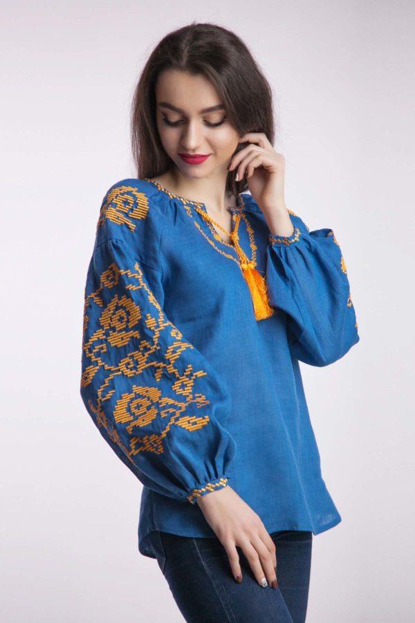 Женская вышиванка Осеннее вдохновение индиго